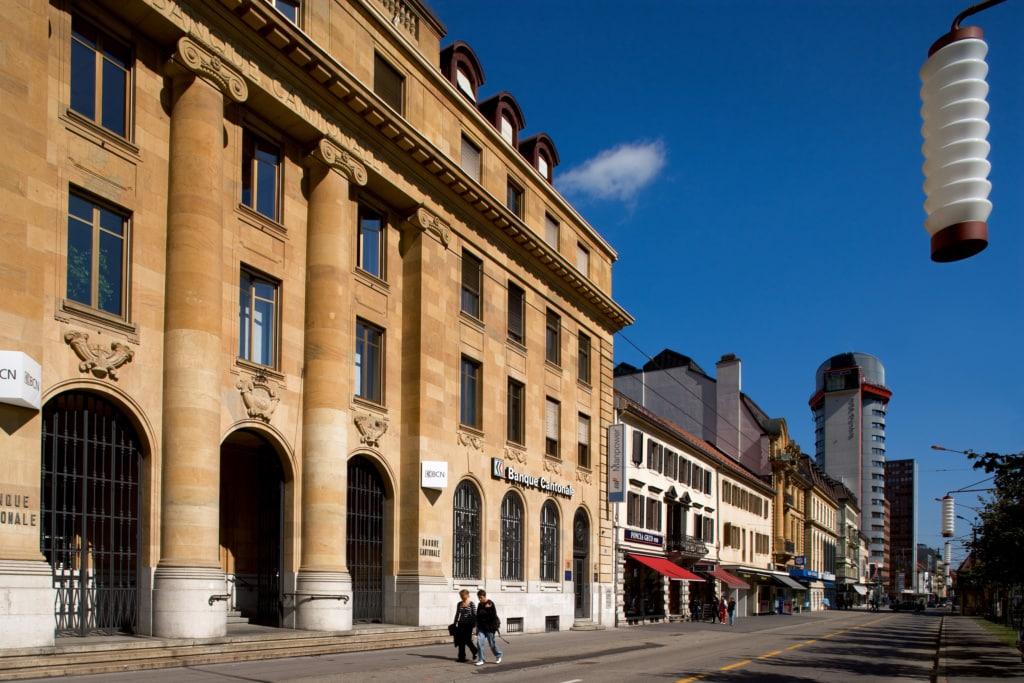 La Chaux-de-Fonds, Avenue Leopold-Robert und Espacite Turm.
