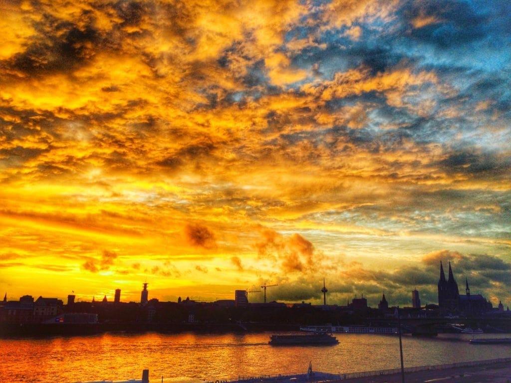 Oh du schönes Köln: beste Aussichten von der »Schäl Sick«, Deutz