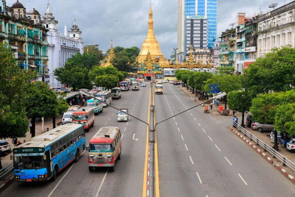 Reise nach Mandalay: Stopp in Rangun