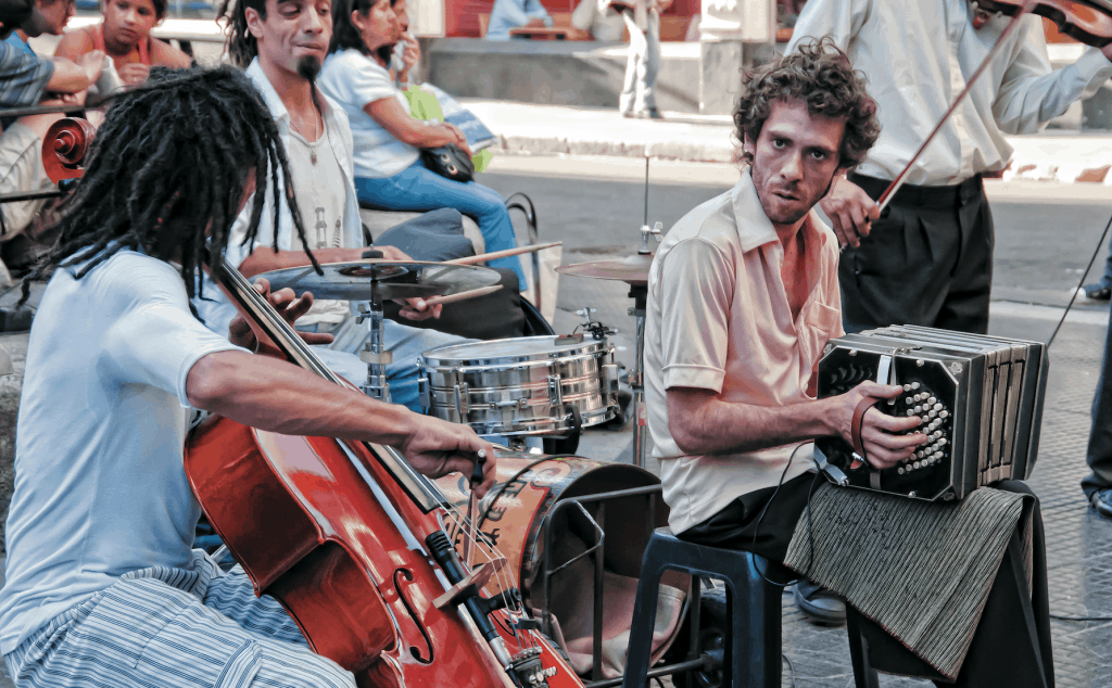 Straßenmusiker in Buenos Aires