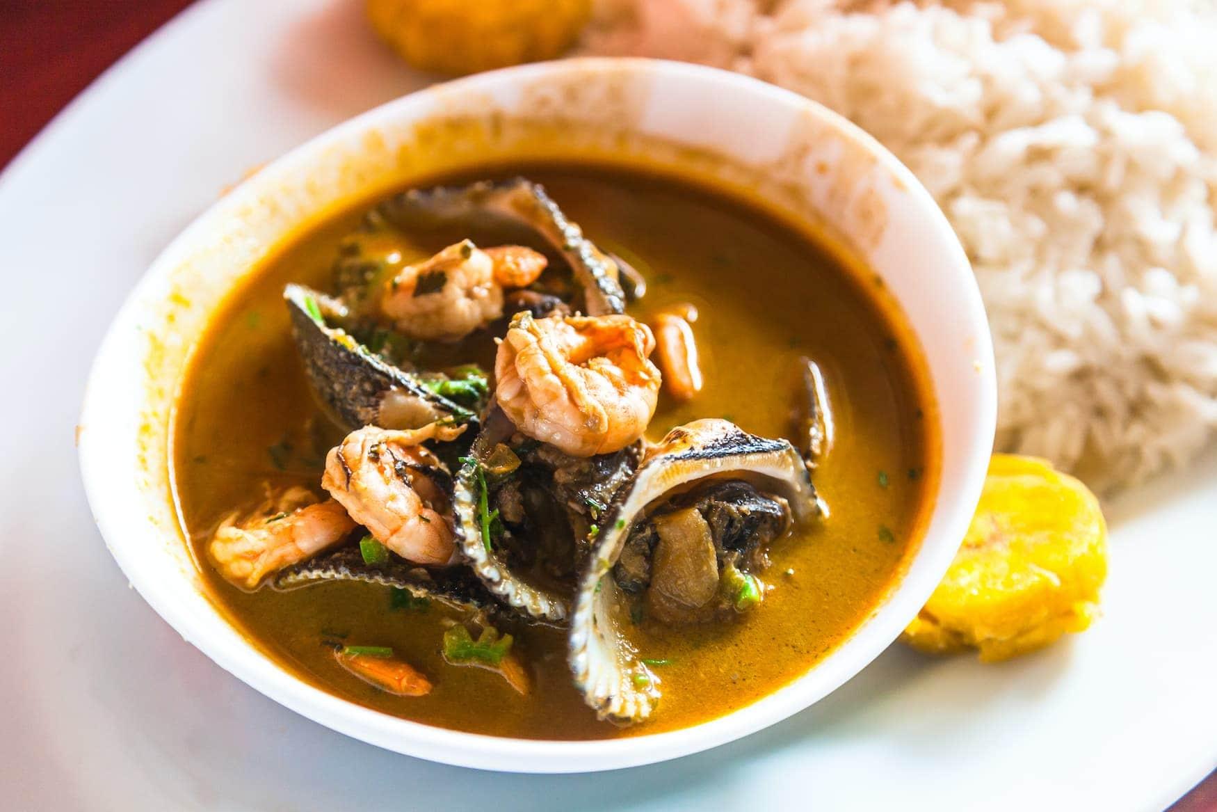 Meeresfrüchte-Suppe aus Ecuador