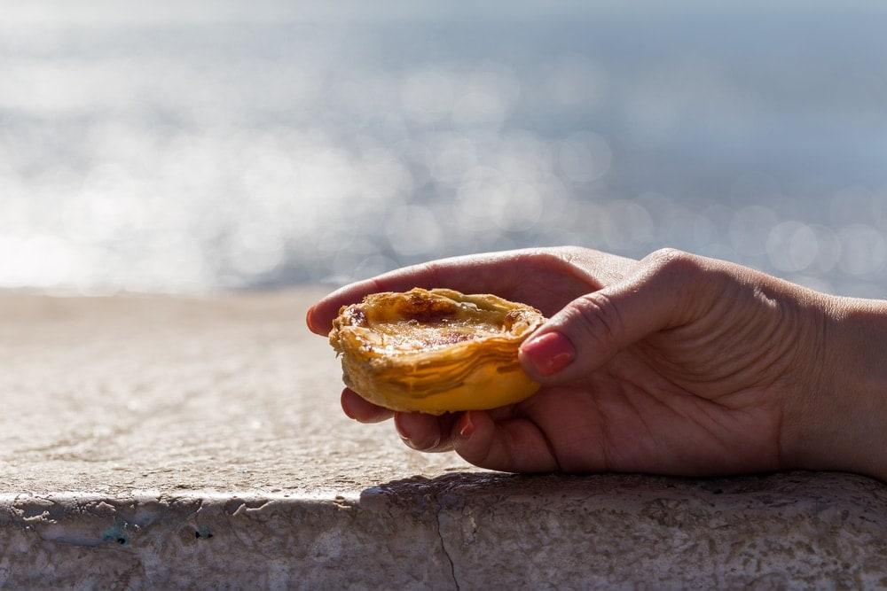 Reise mit dem Fahrrad durch Portugal: Zur Stärkung gibt es Pasteis de Nata