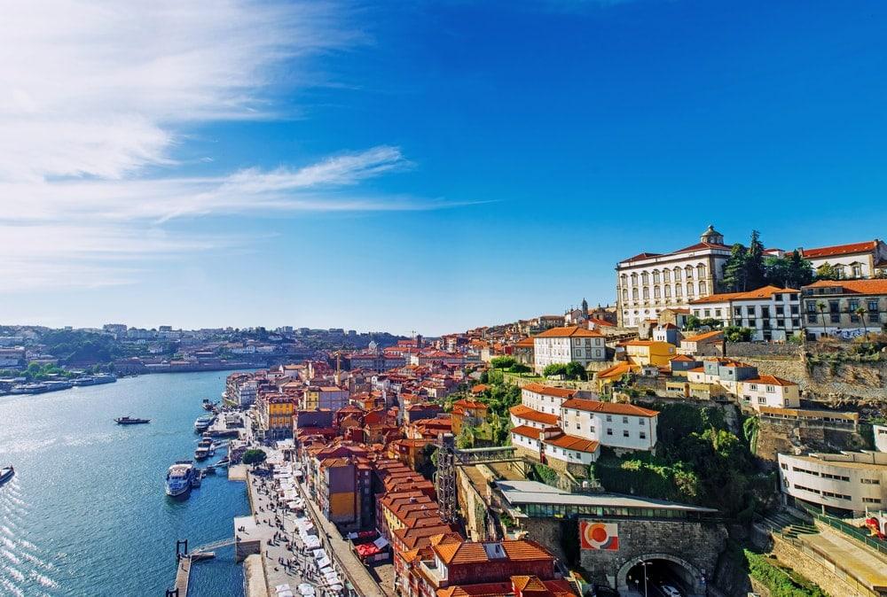 Reise mit dem Fahrrad durch Portugal: Blick auf Porto