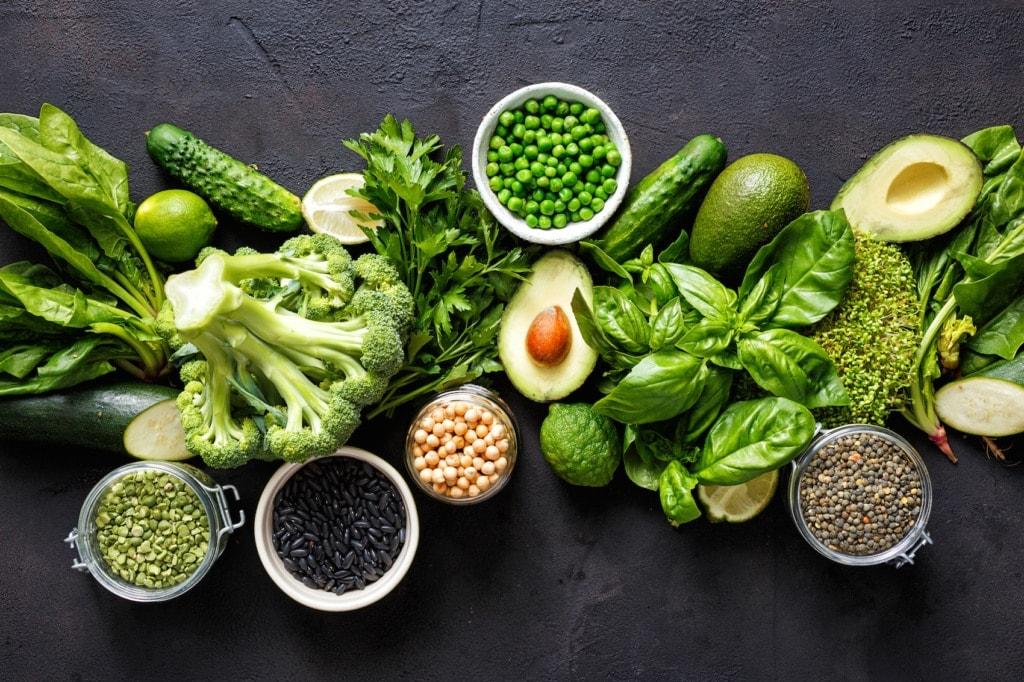 Grünes Gemüse ist Teil von einer thailändischen Detox-Ernährung.