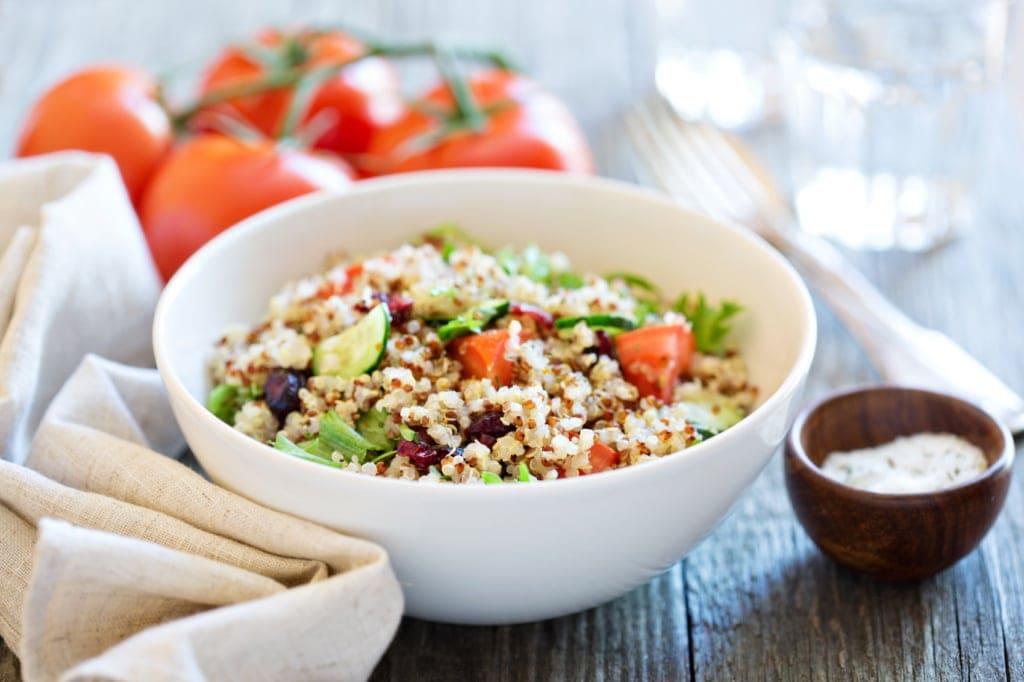 Quinoa ist eine super Nahrung, wenn man entschlacken möchte.