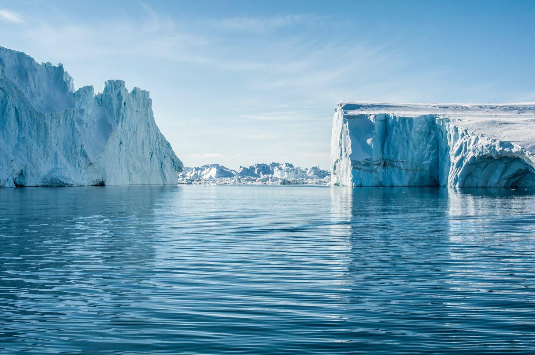 Riesiger Eisgletscher in Grönland