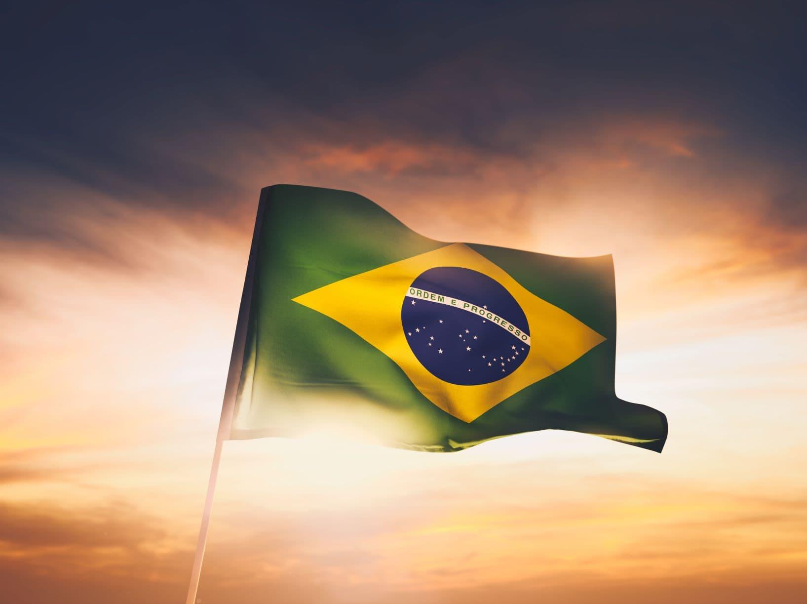 Brasilianische Mädchen küssen lang