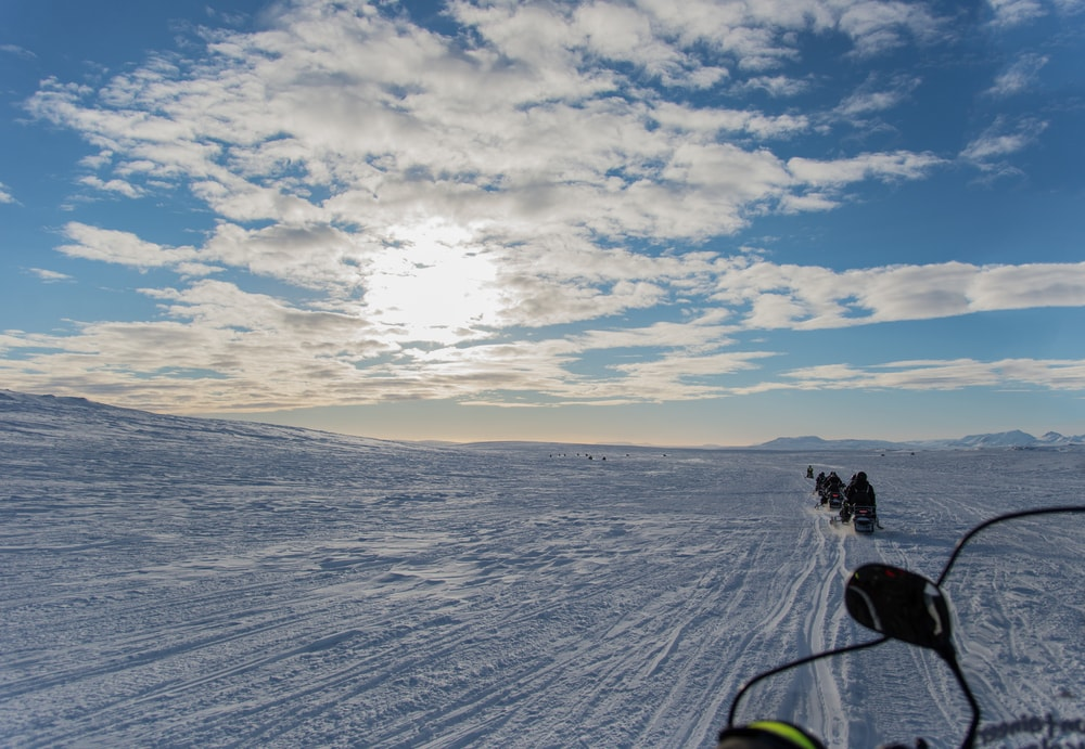 Schneemobiltour in Island