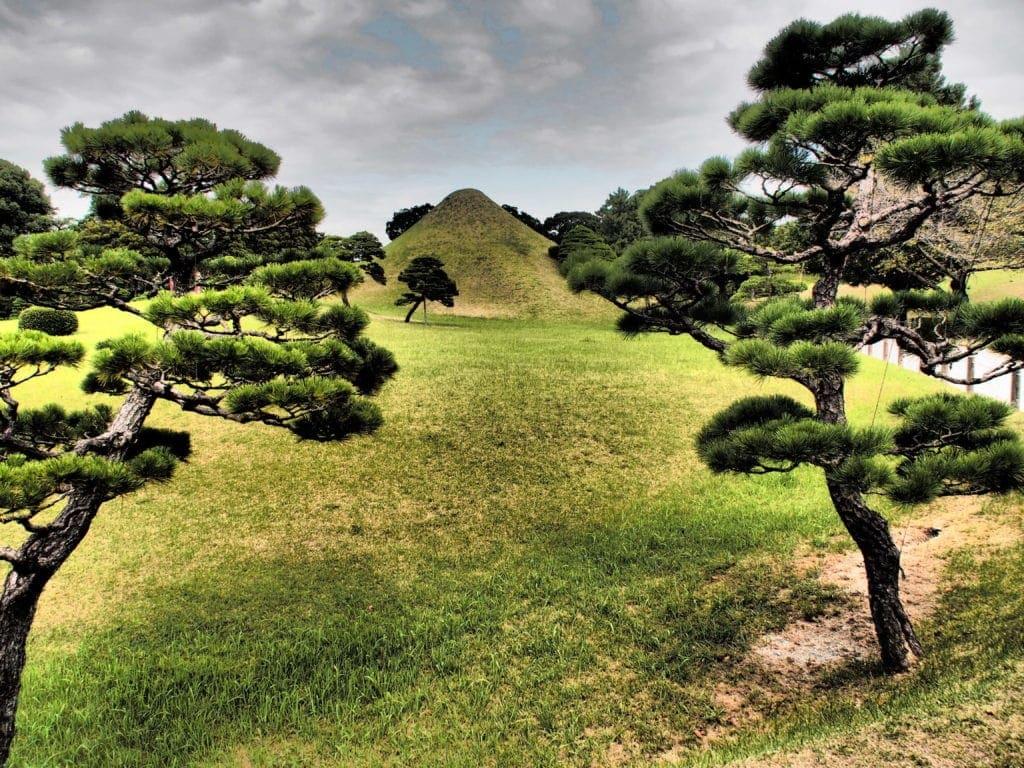 Suizenji Jojuen Garden aus der Edo-Zeit mit eigenem kleinen Fuji - in Kumamoto