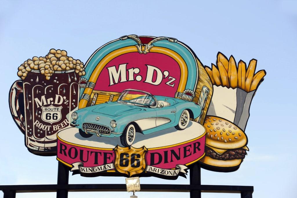 Mr. D's Diner in Kingman ist ein Muss auf einer Tour der Route 66 durch Arizona.