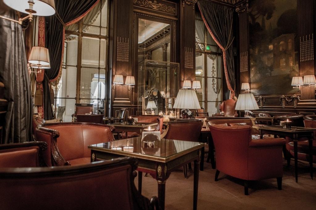 Diese Hotelbars in Paris sind perfekt für einen edlen Drink.