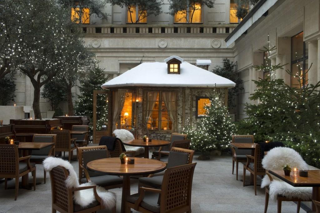 Die Hotelbar des Park Hyatt in Paris ist einfach wunderschön.