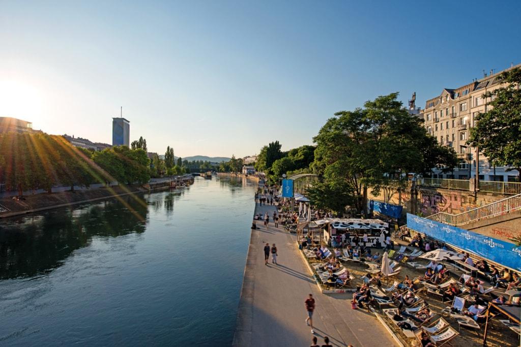 Blick auf das Adria Wien