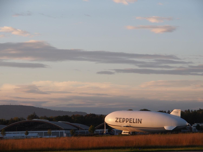 Ein Gignat der Lufte: der Zeppelin