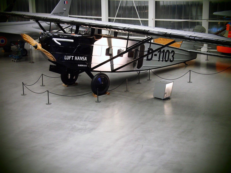 Flugzeug im sehenswerten Dornier-Museum