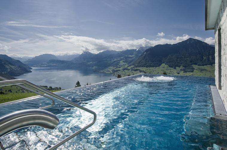 Infinity Pool Hotel Villa Honegg, Ennetbürgen