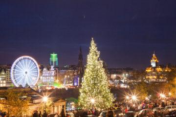 Advent in Edinburgh: Blick auf den Weihnachtsmarkt