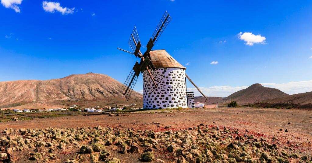 Die Windmühle von La Oliva im Norden von Teneriffa zählt zu einer der schönsten der Inseln.