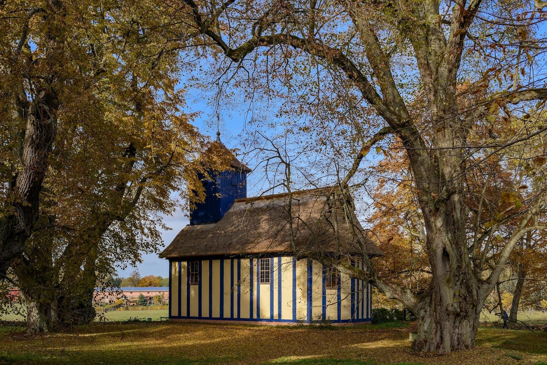 Historische Fachwerkkirche in Alt Placht