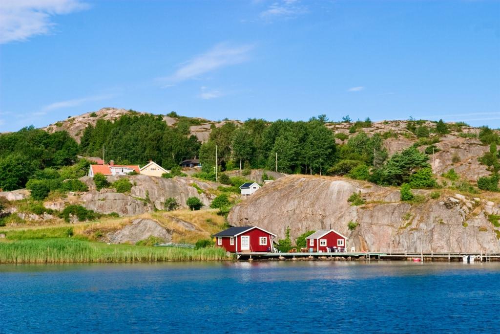 Haus um Ufer in Schweden