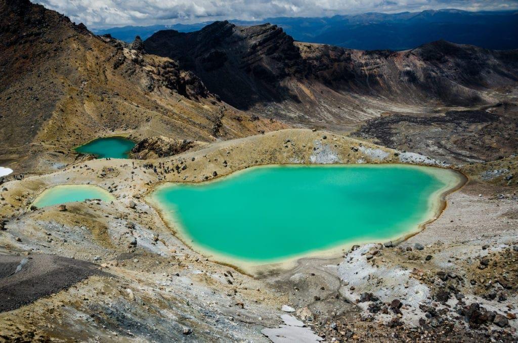 Das Tongariro Alpine Crossing führt durch den Nationalpark, in dem auch viele Filmszenen von Herr der Ringe gedreht wurden.