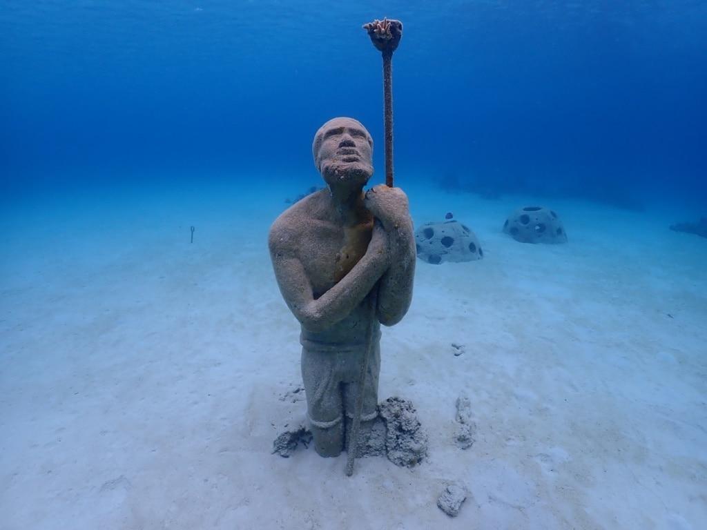 Was man in Nassau gesehen haben sollte? Den Unterwasserskulpturenpark zum Beispiel.