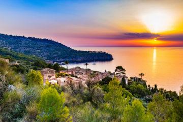 Dorf Deia, Bucht auf Mallorca
