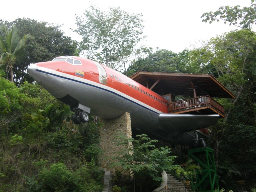 Eine Nacht im Hotel Costa Verde ruft Erinnerungen an Lost wach.