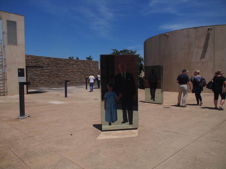 Außenbereich des Apartheid Museums