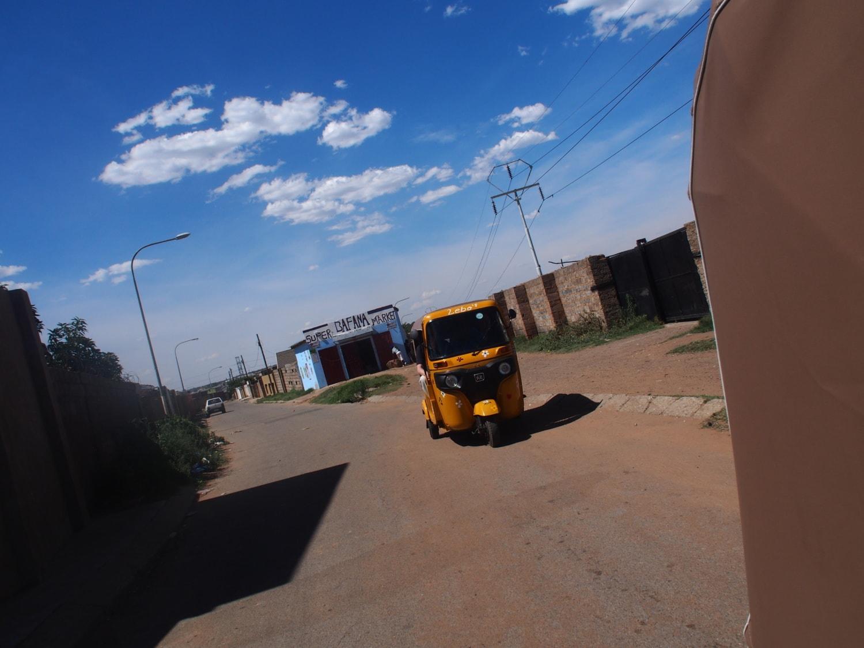 Tuk Tuk Tour durch die Townships von johannesburg Soweto
