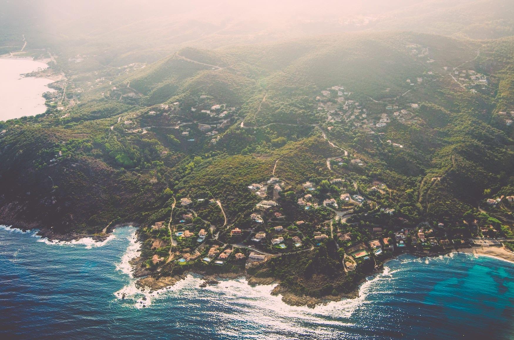Anflug auf Korsika