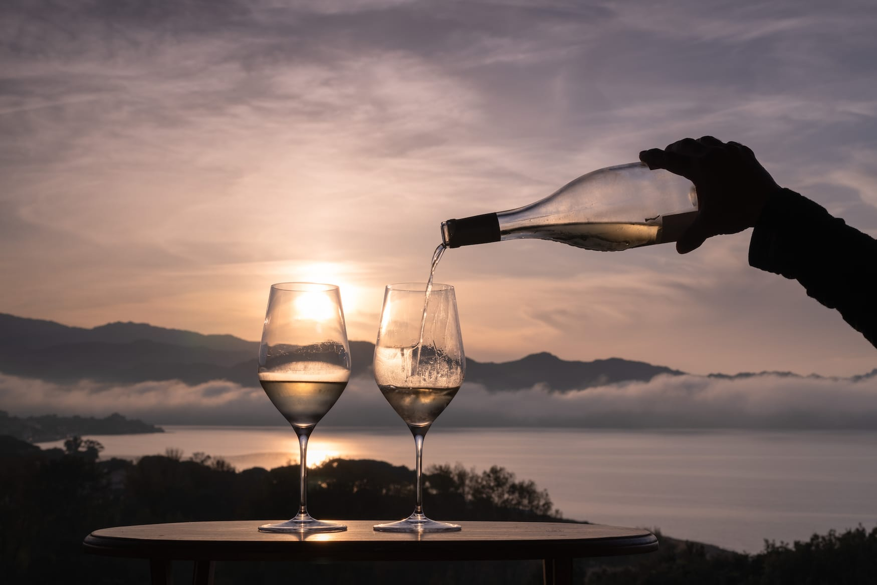 Zu unseren Korsika-Tipps zählt auch, den Wein der Insel zu probieren