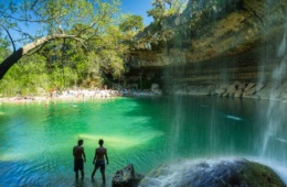 Schönsten Badeorte in Texas: Hamilton Pool in Travis County, Texas