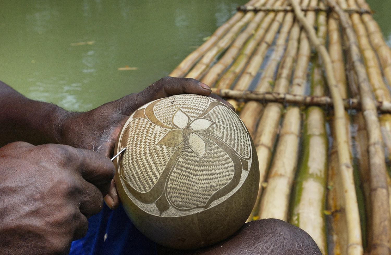 Handgemachte Schnitzereien aus Jamaika