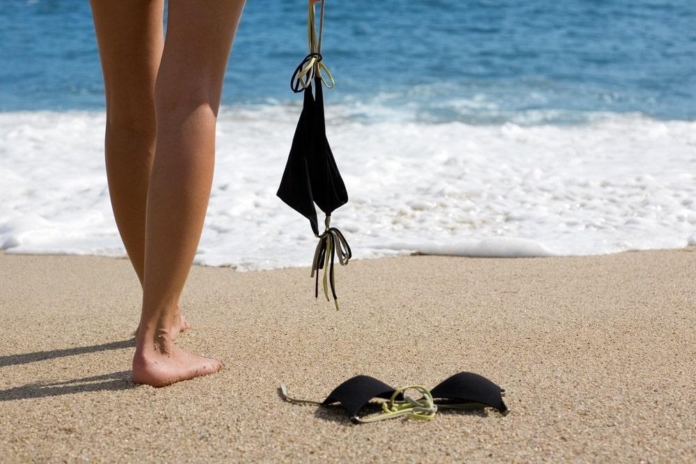 Urlaub geschichten nackt Im Urlaub