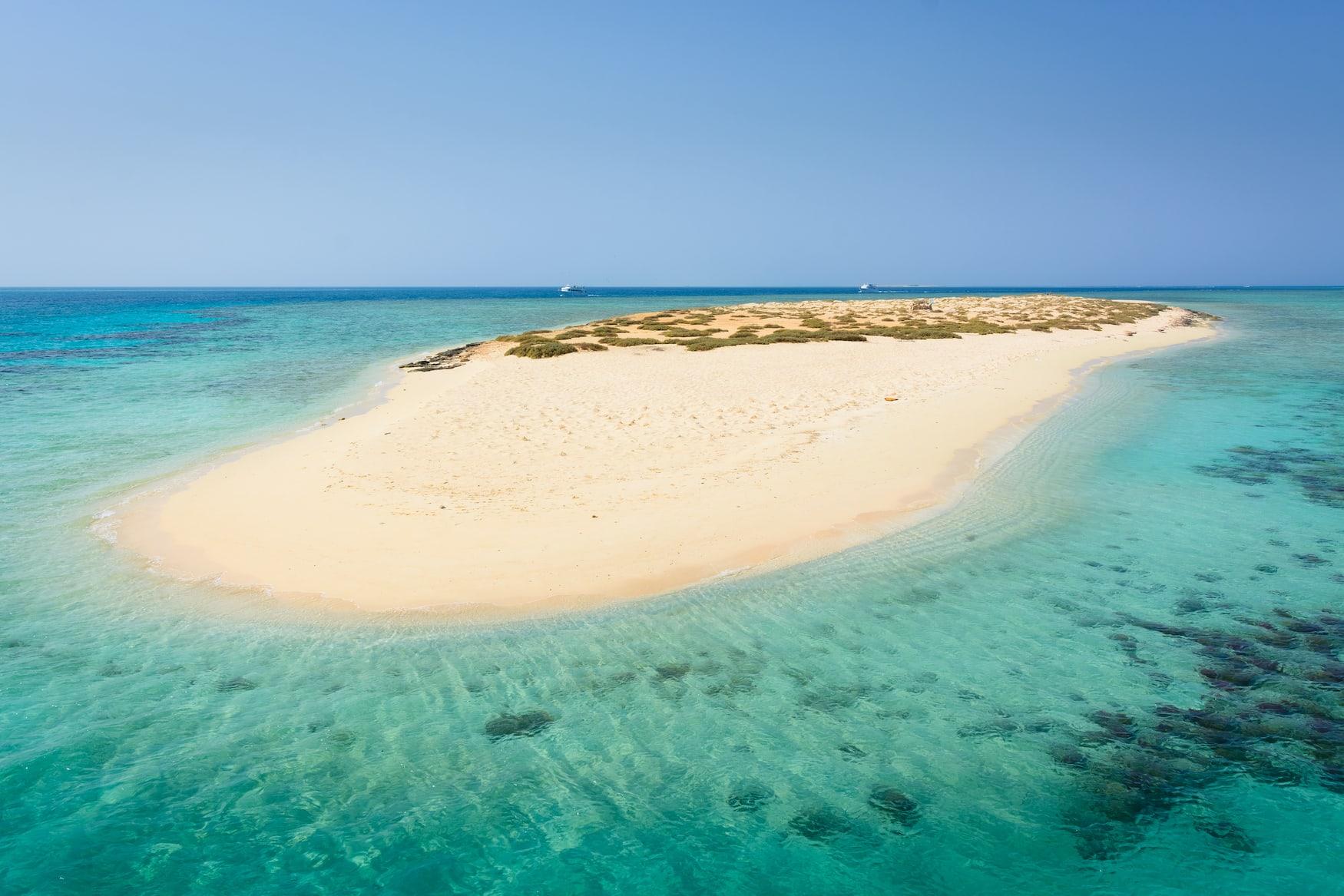 Eine der Hamata-Inseln in Ägypten