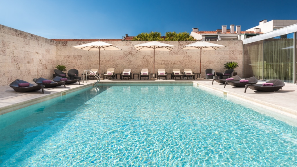 Pool des Sheraton Hotels in Lissabon