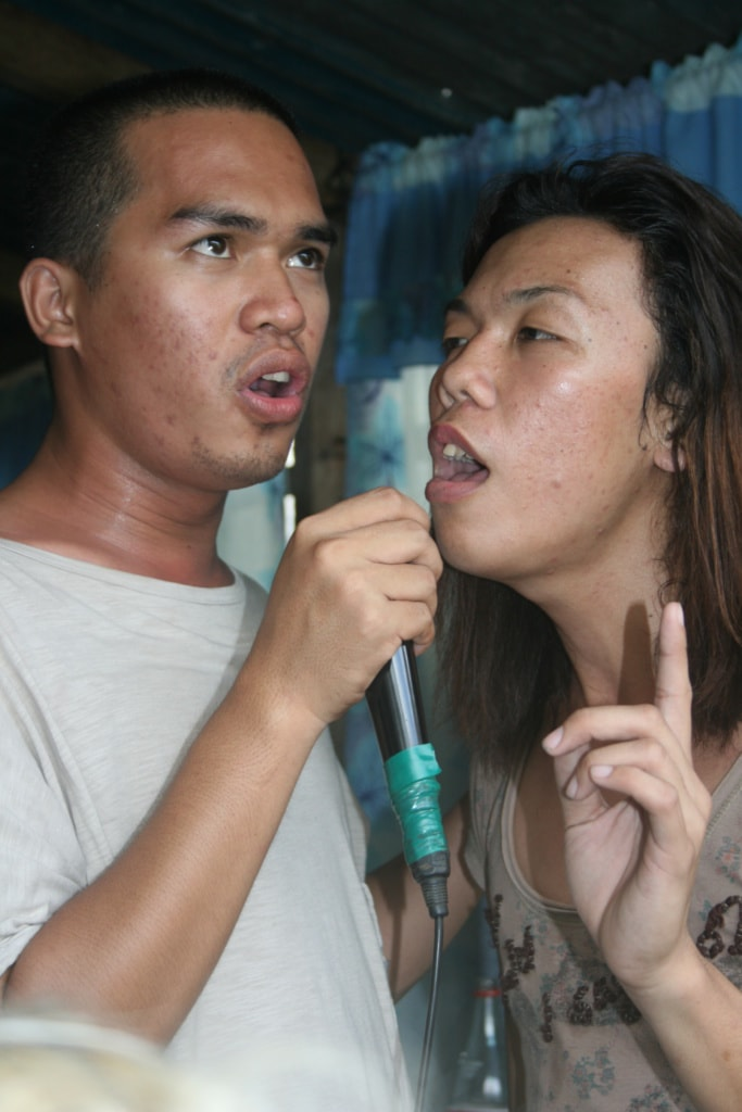 Karaoke ist eine der liebsten Freizeitbeschäftigungen auf den Philippinen.