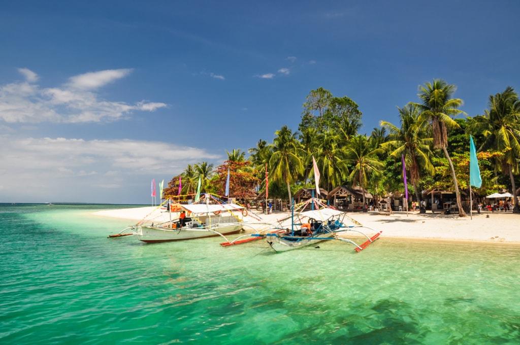 Die Strände rund um El Ido auf den Philippinen werden regelmäßig zu den schönsten Stränden der Welt gewählt.