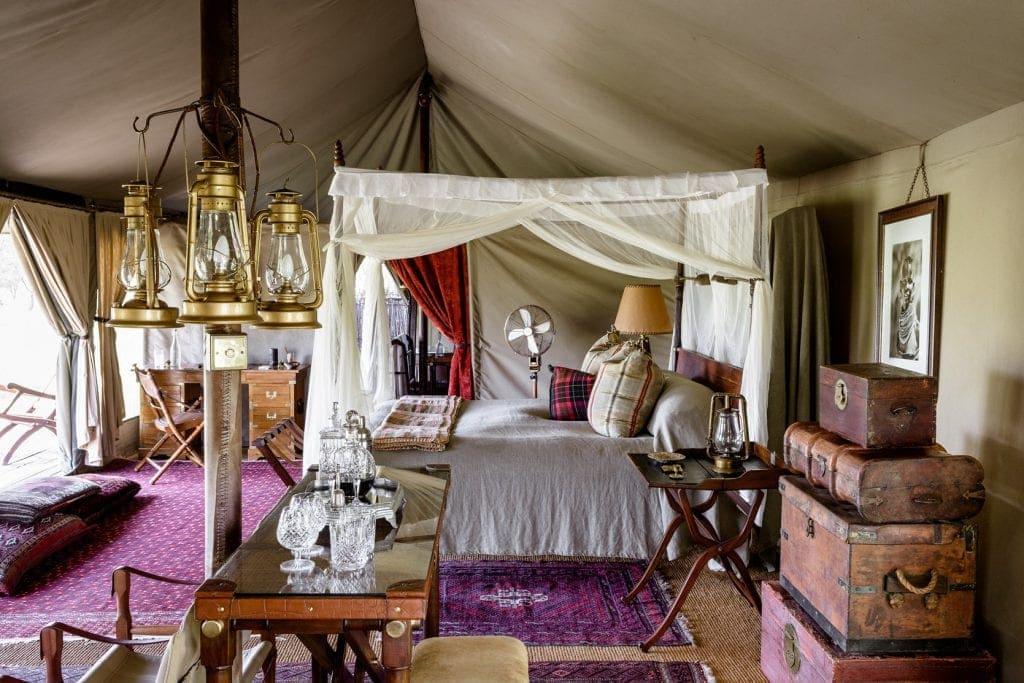 Die Luxuszelte des Sabora Tented Camp in Tansania im Stil der 1920er Jahre