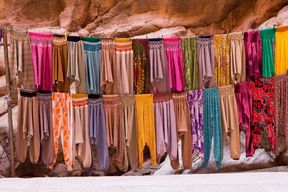Haremshosen in allen Farben
