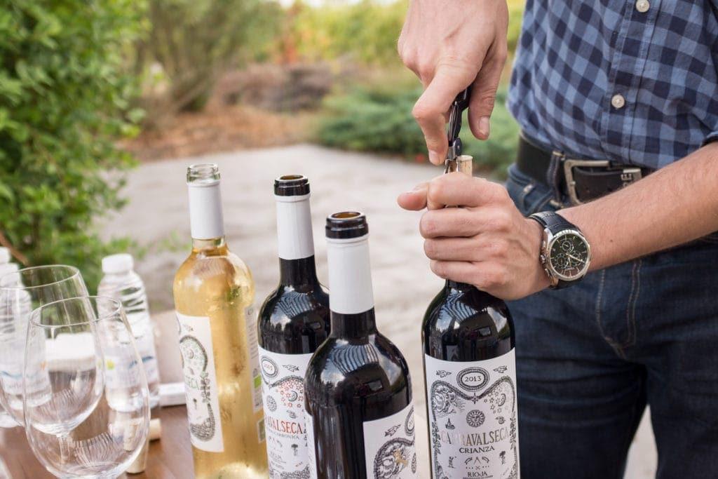 Mitbringsel aus dem Baskenland: eine Weinflasche