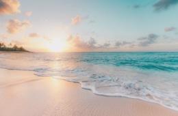 Foto von Strand in Pastellfarben auf Hawaii