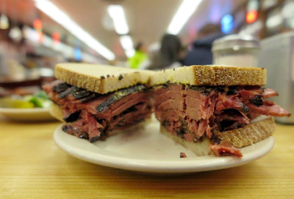 Pastrami_Sandwich mit Tradition.