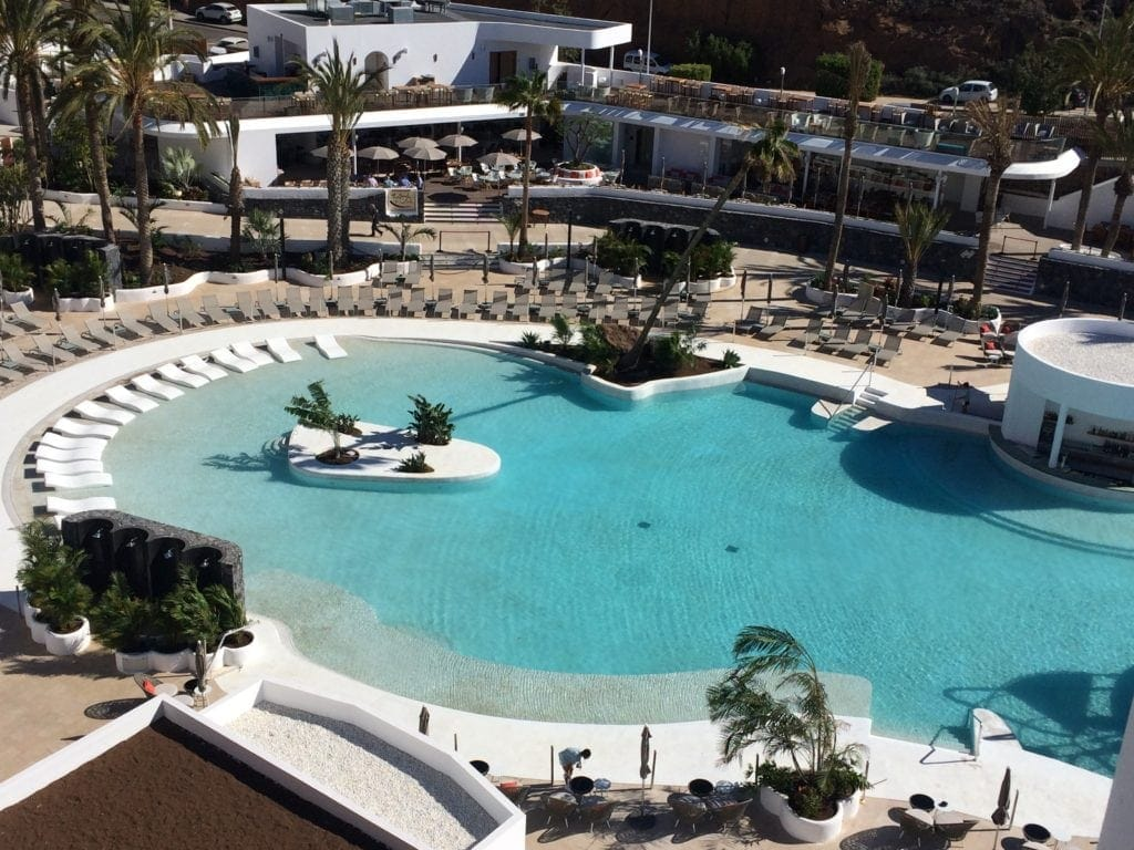 Pool im Hard Rock Hotel Teneriffa