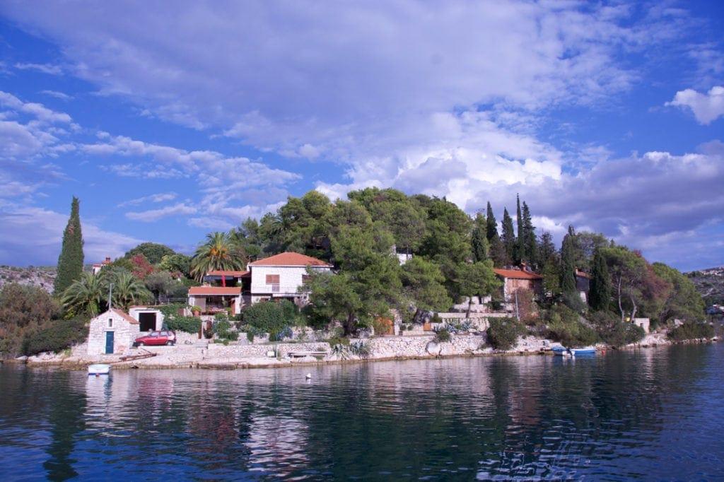 Anwesen am Meer in Dalmatien