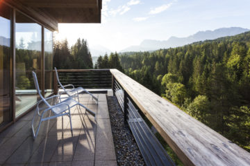Ausblick von der Sauna im Kranzbach Hotel