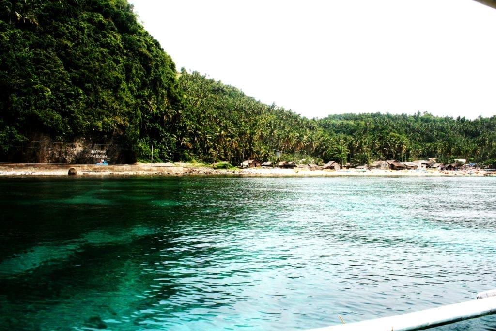 Direkt vor der Küste der Philippinen liegenn unzählige Korallenriffe, was die Inselgruppe zu einem beliebten Ziel für Taucher macht.