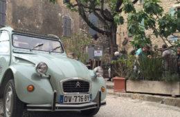 Ente von Renault in der Provence