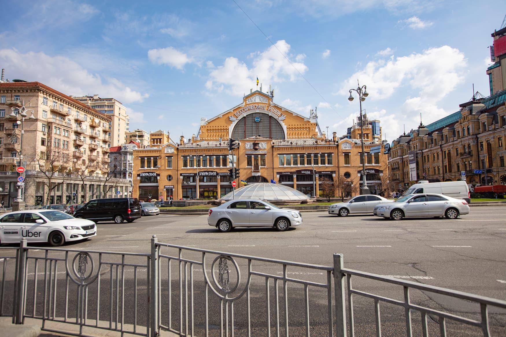 Bessarabska-Markthalle in Kiew